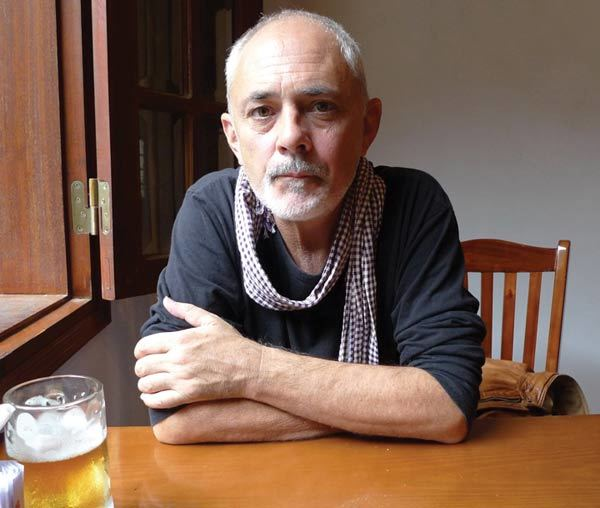 Wilfred Burchett, Hồ Chí Minh, Trung Quốc, Campuchia, Nguyễn Văn Vinh
