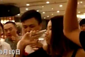 Clip phù dâu chết vì thi uống rượu gây xôn xao mạng