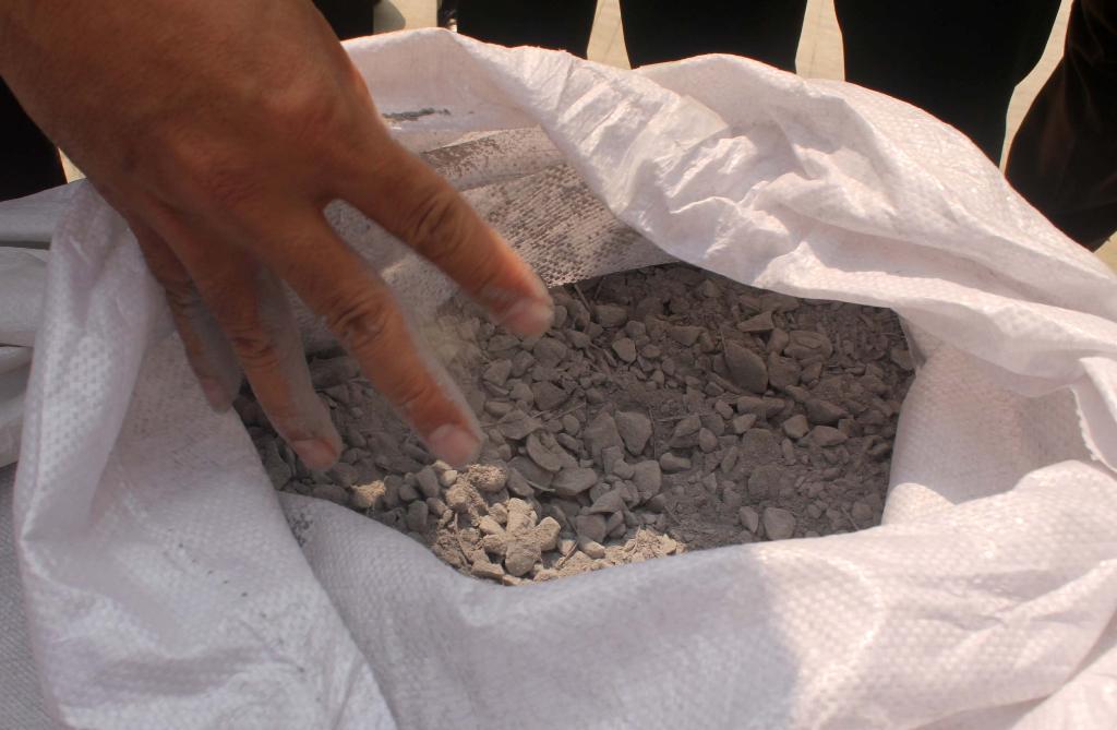 168 tấn bùn Formosa nhập khẩu: Hồ sơ hợp lệ