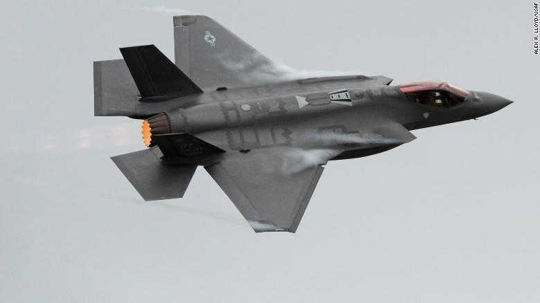 Mỹ 'đắp chiếu' phi đội chiến cơ tàng hình F35A