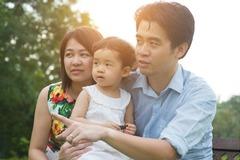 Vợ bị trầm cảm sau sinh, 12 ông chồng Singapore đối mặt thế nào?