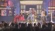 Mỹ Tâm, Sơn Tùng M-TP 'rởm' đánh nhau với vũ công trên sân khấu