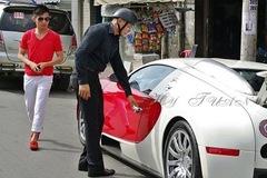 """Bugatti Veyron của Minh """"Nhựa"""" gây chấn động như thế nào?"""