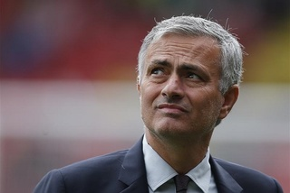 "Nhà cái ra kèo sốc Mourinho sớm ""bay ghế"""