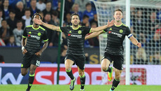 Fabregas bùng nổ, Chelsea thắng ngoạn mục Leicester