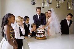 Hành trình 12 năm bên nhau của Angelina Jolie & Brad Pitt