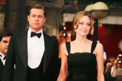 Lời cầu xin của Brad Pitt sau khi Angelina Jolie đệ đơn ly hôn