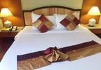 Bí mật khách sạn đặt 4 chiếc gối trên giường cho 2 người