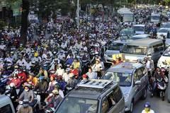 Ở Việt Nam, chạy đúng luật thì chỉ đứng một chỗ