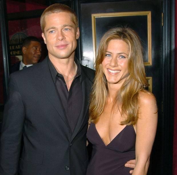 Jennifer Aniston hả hê khi Brad Pitt bị Angelina Jolie 'đá'