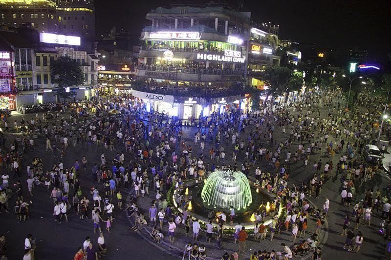 Hà Nội định mở thêm 9 tuyến phố đi bộ