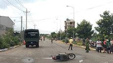 Va chạm với xe tải của cảnh sát, một người chết