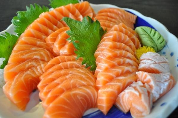 Cá là thực phẩm tốt cho mắt