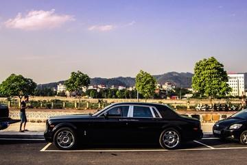 Rolls-Royce bán ở chợ xe cũ về tay đại gia Lào Cai