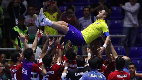 Đây mới là khoảnh khắc đẹp nhất World Cup Futsal 2016