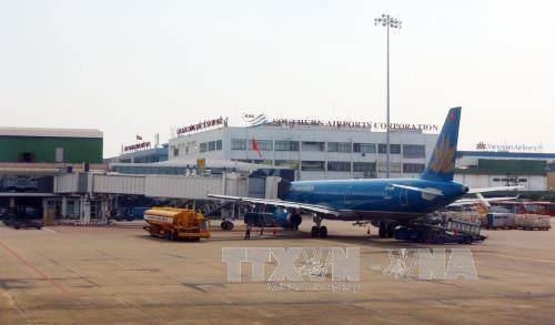 phí nhượng quyền khai thác cảng hàng không, sân bay, sân bay Tân Sơn Nhất