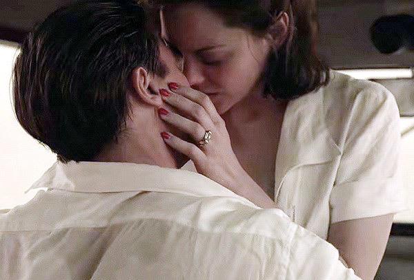 Angelina Jolie, Brad Pitt, Marion Cotillard, Angelina Jolie và Brad Pitt ly hôn