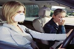 Những phương pháp đơn giản đánh bay mùi hôi trên ô tô