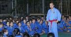 Người phát ngôn Bộ Ngoại giao làm võ sư ở trường ĐH