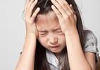 Hoảng hốt thấy con gái 8 tuổi ngực nhú dậy thì