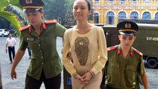 Tiếc cho hoa hậu Phương Nga khi ký hợp đồng nô lệ tình dục