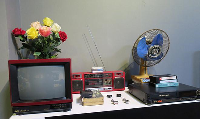 Nhìn lại những đồ dùng của 'nhà giàu' cách đây gần 30 năm