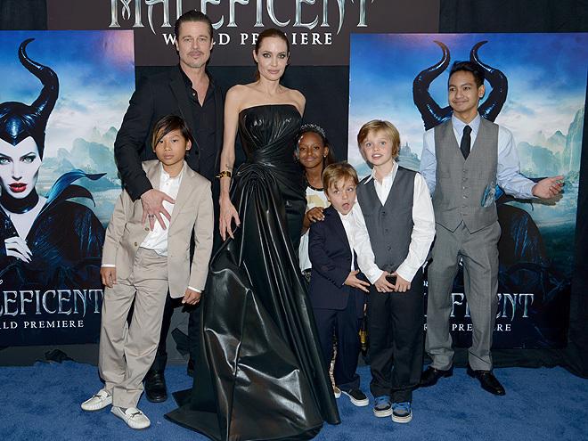 Brad Pitt bị Angelina Jolie chặn điện thoại, không được gặp con