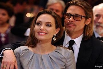 Brad Pitt đang tuyệt vọng và vẫn còn yêu Angelina Jolie