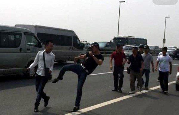Chủ tịch HN yêu cầu xử nghiêm vụ hành hung phóng viên