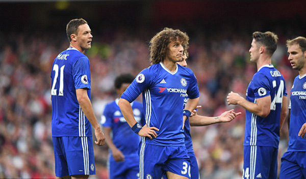 Chelsea trượt dốc: Lỗi ở Conte, hay những 'ông sao' hết thời?