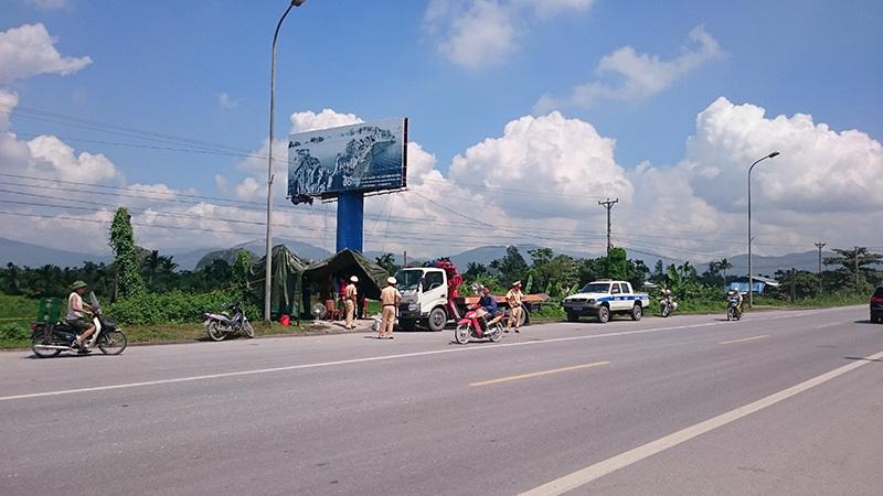 Quảng Ninh chặn hết xe, lùng nghi phạm giết 4 bà cháu
