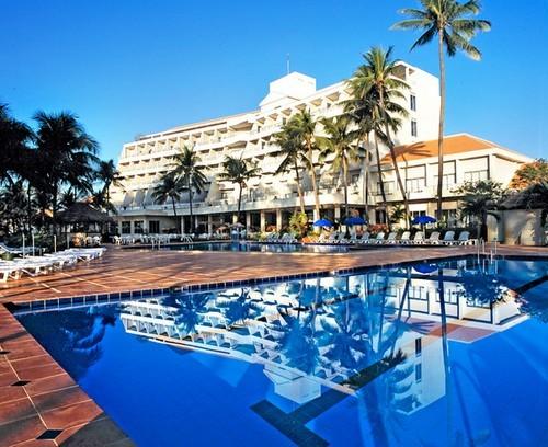 Khách sạn Novotel Phan Thiết, tỷ phú Mỹ Larry Hillblom, địa ốc Phan Thiết, dự án nghìn tỷ tại Phan Thiết