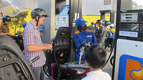 giá xăng dầu, thuế tiêu thụ đặc biệt mặt hàng xăng, giá cơ sở xăng, Petrolimex, xăng dầu Việt Nam