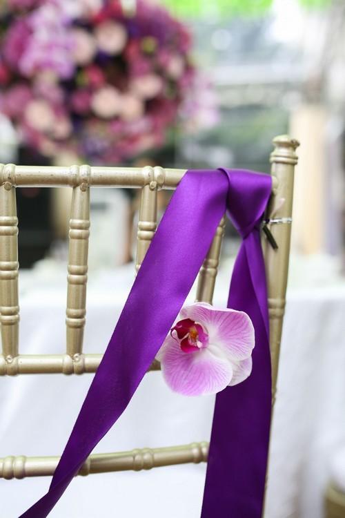 20160927160636 trang tri 14 Gia đình ở Hà Nội trang trí nhà ngày ăn hỏi đẹp hoàn hảo với 7.800 cành hoa nhập