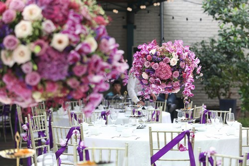20160927160636 trang tri 17 Gia đình ở Hà Nội trang trí nhà ngày ăn hỏi đẹp hoàn hảo với 7.800 cành hoa nhập