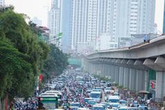 Siêu cao tầng trong phố: Trên comple dưới chân đất