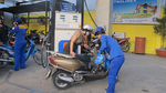 Tính thiếu giá xăng: Bộ Tài chính họp khẩn, bắt DN chịu