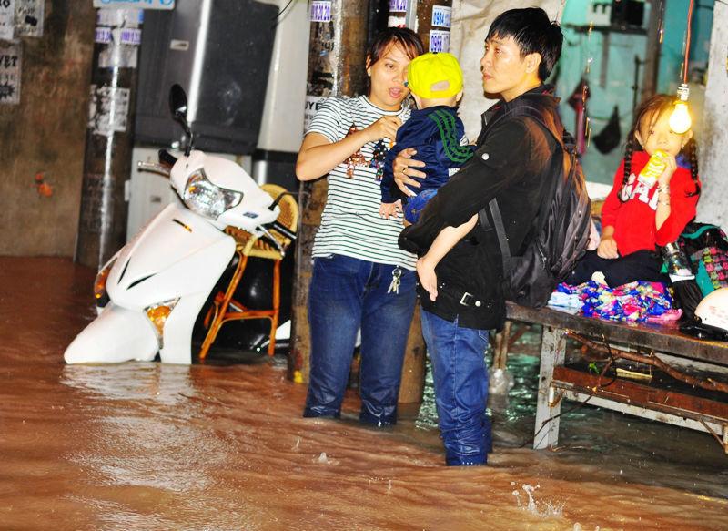 dầm nước mưa, bệnh ngoài da, bệnh nguy hiểm, bệnh mùa mưa