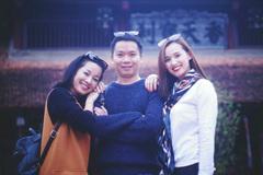 Người đàn ông 'bí mật' xen giữa Minh Hương và Lã Thanh Huyền