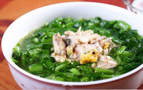 Cách nấu canh rau cải cá rô đồng tuyệt ngon, không bị tanh