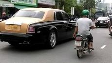 """Rolls-Royce Phantom Series II màu độc, biển """"tứ quý"""" trên phố Sài thành"""