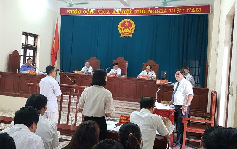 luật sư Trần Đình Triển, HĐXX, tội trốn thuế, Thái Nguyên
