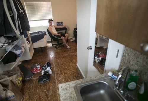 nhà siêu nhỏ, căn hộ 2m2, khu ổ chuột