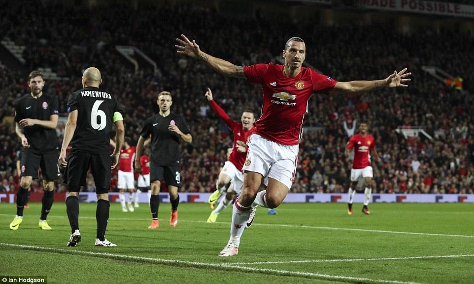 Ibrahimovic giúp MU thắng vật vã đối thủ vô danh ở Europa League