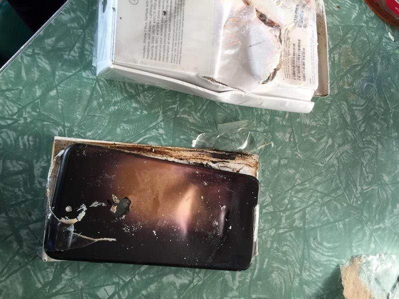 iPhone 7 Plus, iPhone 7, Samsung, Apple, Samsung Note 7, cháy nổ, hư hỏng pin