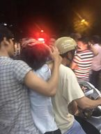 Xôn xao clip Công an kéo lê người phụ nữ bán hàng rong