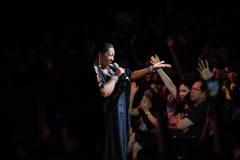 Khán giả Hà Nội phát cuồng vì Boney M và Chris Norman