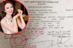 Facebook 24h: Ngọc Diễm công khai bảng điểm tốt nghiệp THPT 10 năm trước