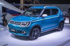 Ô tô Suzuki 169 triệu đi trong phố cực thích
