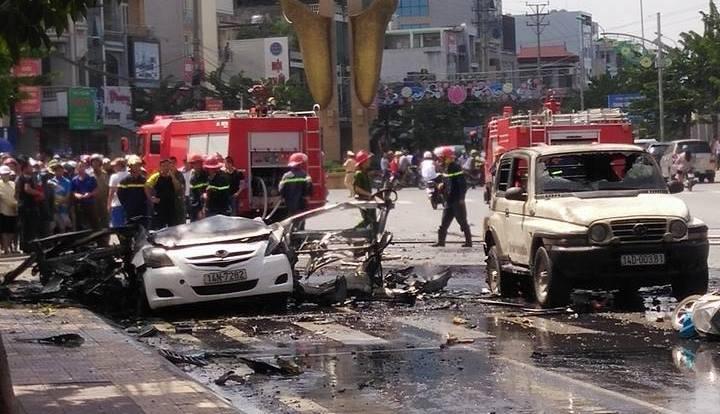 nổ taxi ở quảng ninh, nổ ô tô ở quảng ninh, chết cháy